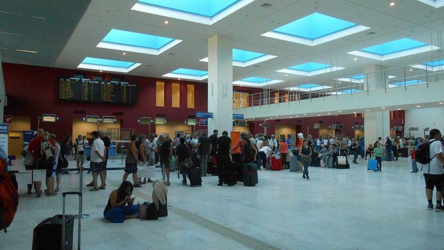 Συνεχίζεται η αυξητική τάση της επιβατικής κίνησης στο αεροδρόμιο Χανίων