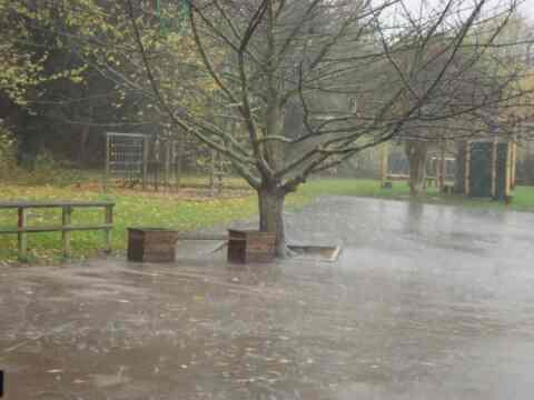 Πρωτιά και πάλι των Λευκών Ορέων στην ποσότητα της βροχόπτωσης