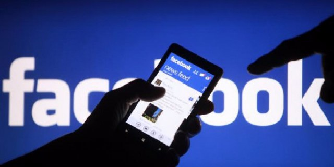 Facebook: Έμφαση και στα τοπικά μέσα ενημέρωσης