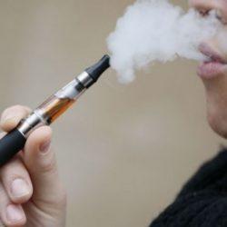 Τσιγάρο: Όπου απαγορεύεται το συμβατικό, απαγορεύεται και το ηλεκτρονικό