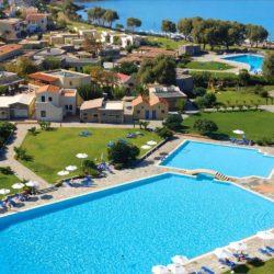 Τουρισμός: Έξι στα 10 ξενοδοχεία κατάφεραν και άνοιξαν φέτος