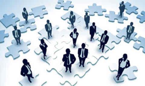 Ανοίγουν 25.000 θέσεις κοινωφελούς εργασίας σε 274 δήμους