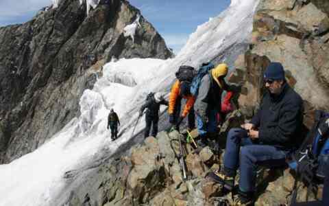 Ο Ορειβατικός από το Σηρικάρι στη Μηλιά και από εκεί στον Κάστελο και στα Τοπόλια