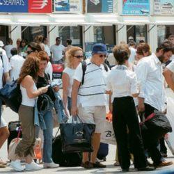 Αύξηση των ταξιδιωτικών εισπράξεων τον Ιούνιο