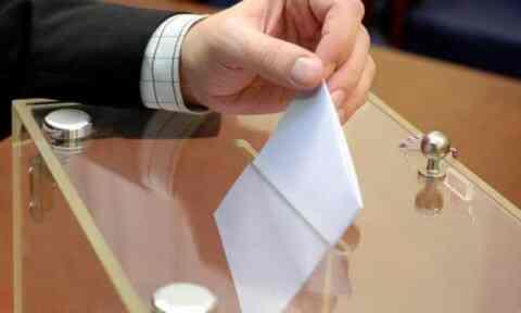 Εκλογές Μαΐου: Διπλάσια εκλογικά τμήματα και 150.000 νέες κάλπες