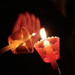 Πως θα έρθει φέτος το Άγιο Φως στην Ελλάδα. Πότε θα το πάρουν οι πιστοί