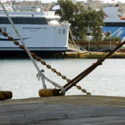 Δεμένα σήμερα τα πλοία στα λιμάνια. Πως θα κινηθούν οι Μινωικές από και προς Κρήτη