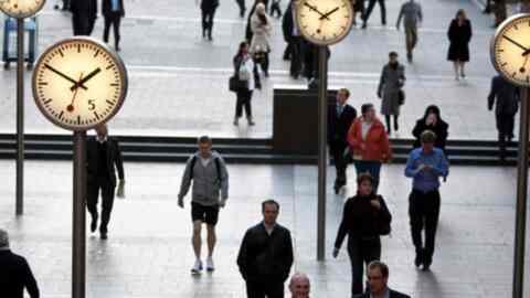 """""""Πρωταθλητές"""" σε ώρες εργασίας στην Ε.Ε. οι Έλληνες. Ποιες άλλες χώρες """"σπάνε ρεκόρ"""""""