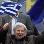 Μίκης Θεοδωράκης για Σκοπιανό: Η υποχώρηση στο όνομα αποτελεί πράξη εθνικής μειοδοσίας