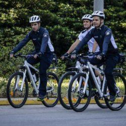 Επεκτείνεται ο θεσμός του αστυνομικού ποδηλάτη στην Κρήτη