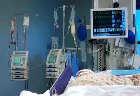 Παγκόσμια ανακάλυψη: Νέα θεραπεία για τον καρκίνο του μυελού των οστών από Έλληνα καθηγητή