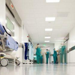 """διαΝΕΟσις: Η δημόσια υγεία στην Ελλάδα νοσεί. Η """"ακτινογραφία"""" του ΕΣΥ στην χώρα"""