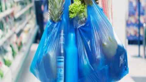 ΙΕΛΚΑ: 80% μείωση στη χρήση πλαστικής σακούλας στα σουπερμάρκετ