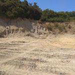 Συνεχίζεται ο καθαρισμός των παράνομων χωματερών στο Κολυμπάρι