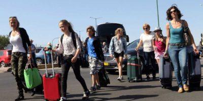 Πάνω από 2 δισ. ευρώ ξοδεύουν για ταξίδια οι Ελληνες