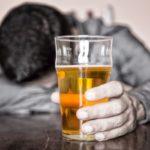 Εκπονείται εθνικό σχέδιο δράσης για τις συνέπειες του αλκοόλ