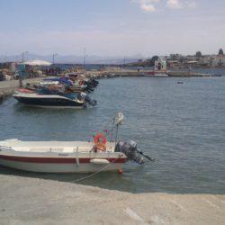 Υπεγράφη σύμβαση για τον εκσυγχρονισμό του λιμενίσκου του Καλαμακίου