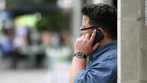 Πόσο κοστίζει η κινητή τηλεφωνία στην Ελλάδα και στην Ευρώπη