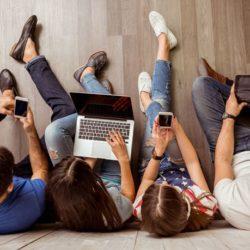 Τέσσερα στα πέντε παιδιά στην Ελλάδα είναι χρήστες του Διαδικτύου