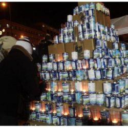 Οι Γιατροί του Κόσμου στήνουν και φέτος το χριστουγεννιάτικο δέντρο από… γάλα στα Χανιά