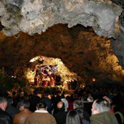 Θα τελεστεί και φέτος η κατανυκτική Χριστουγεννιάτικη λειτουργία στο σπήλαιο της Μαραθοκεφάλας