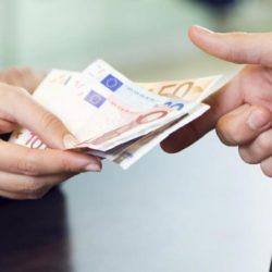 Τι αυξήσεις θα δουν από 1-1-2020 οι μισθωτοί και συνταξιούχοι στις αποδοχές τους
