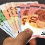 Είκοσι χρόνια από την κυκλοφορία του ευρώ: Οι κερδισμένοι και οι χαμένοι. Τι συνέβη στην Ελλάδα