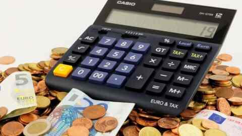 Ποιοι μοιράστηκαν τα 5,54 δισ. ευρώ της Επιστρεπτέας Προκαταβολής