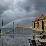 Υπέροχο ουράνιο τόξο στο λιμάνι των Χανίων
