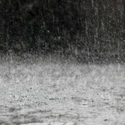Σημαντικές βροχές στην δυτική Κρήτη και πολύ θυελλώδεις άνεμοι στο Αιγαίο την Δευτέρα