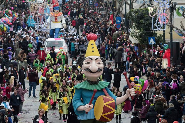 Όλα έτοιμα για το Χανιώτικο καρναβάλι, την Κυριακή στην Σούδα