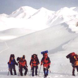 Ο Ορειβατικός για δύο μέρες στις κορυφές Κάστρο και Φανάρι στα Λευκά Όρη