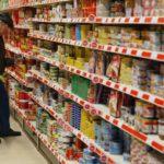 Ο Έλληνας καταναλωτής κυνηγά τις προσφορές σε διάφορα σούπερ μάρκετ