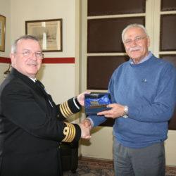 Ο νέος διοικητής του Ναυστάθμου Κρήτης στον Απόστολο Βουλγαράκη