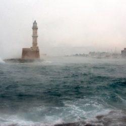 """Πόσο θα στοιχίσει στην ασφαλιστική αγορά η κακοκαιρία """"Ωκεανίς"""" που έπληξε την Κρήτη τον Φεβρουάριο"""