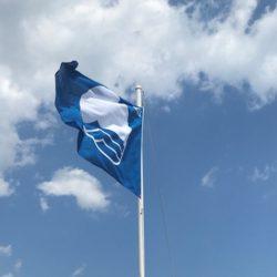 Οι παραλίες που βραβεύτηκαν με γαλάζια σημαία της Κρήτης για το 2019