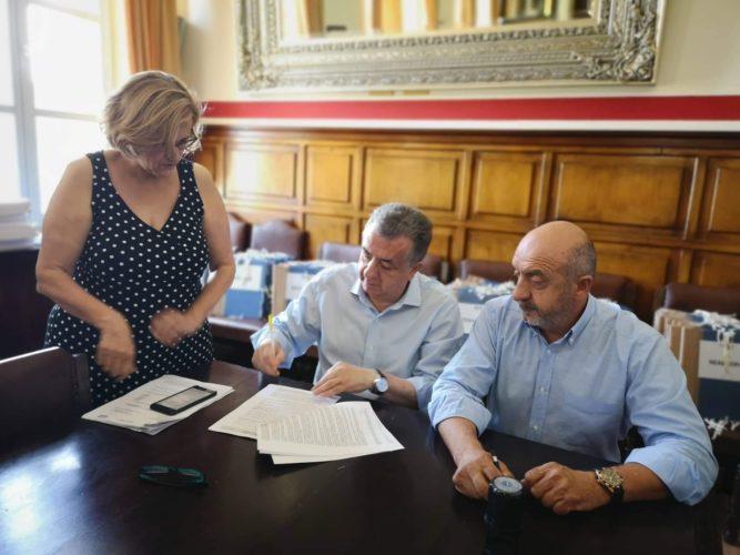 Ανατέθηκε η κατασκευή τριών γηπέδων 5χ5 στο δήμο Σφακίων