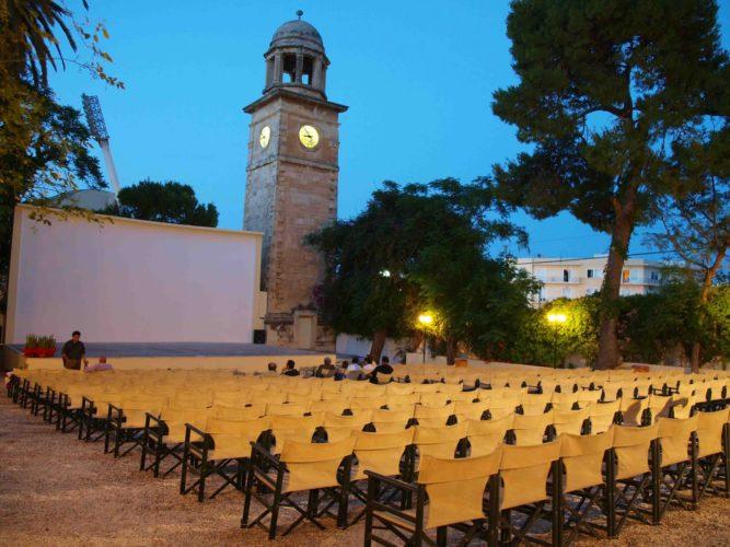 """Ο ιστορικός δημοτικός θερινός κινηματογράφος """"Κήπος"""" περιμένει και φέτος τους σινεφίλ"""