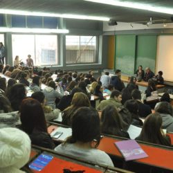 Κεραμέως: Ελάχιστη βάση εισαγωγής στα πανεπιστήμια και τέλος στους αιώνιους φοιτητές