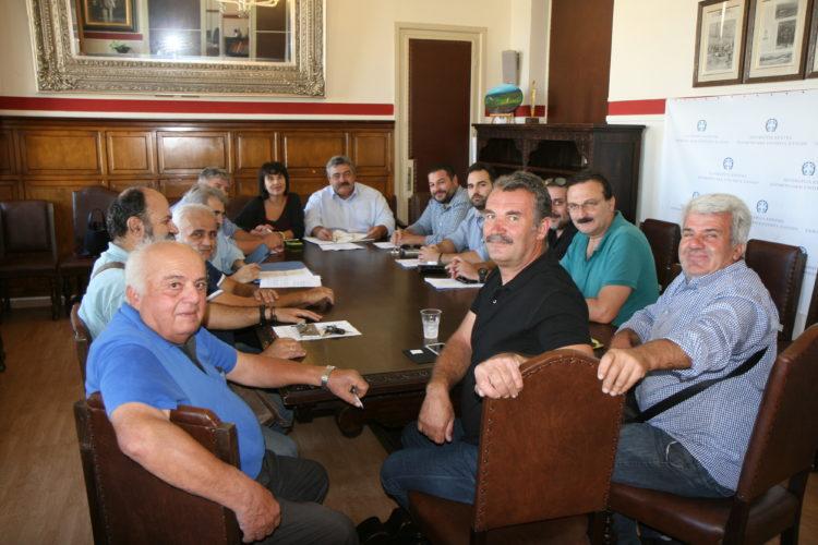 Την προβολή της Κισάμου συζήτησαν τα μέλη του ΕΠΟΦΕΚ με τον Νίκο Καλογερή