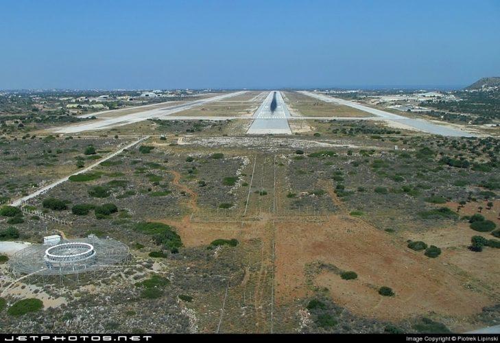 Μειωμένες κατά 20.000 ήταν οι αεροπορικές θέσεις προς Χανιά το καλοκαίρι