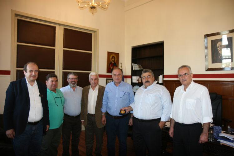 Εκπρόσωποι της ΕΣΗΕΠΗΝ στην αντιπεριφέρεια και στο ΕΒΕΧ