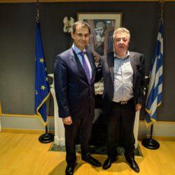 Δράσεις για την ενίσχυση του τουρισμού της Κρήτης συζήτησαν ο Χ. Θεοχάρης με τον Στ. Αρναουτάκη