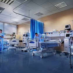 Επικίνδυνη εξακολουθεί να είναι η κατάσταση στις ΜΕΘ των Ελληνικών νοσοκομείων