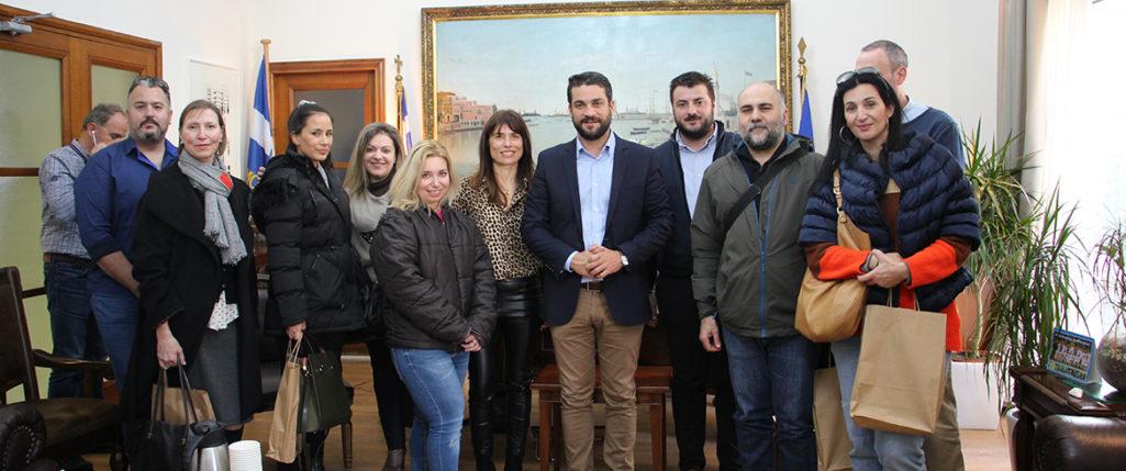 Βραβεύθηκαν ιδιώτες εθελοντές κτηνίατροι από τον Δήμαρχο Χανίων