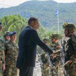 Στρατιωτικές μονάδες των Χανίων επισκέφθηκε ο ΥφΕΘΑ