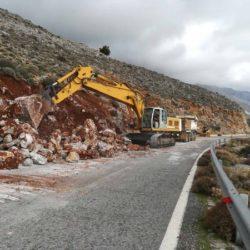 Ξεκίνησαν οι εργασίες βελτίωσης του οδικού άξονα Βρύσσες-Χώρα Σφακίων