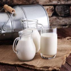 Υποχρεωτική πλέον η αναγραφή της προέλευσης του γάλακτος