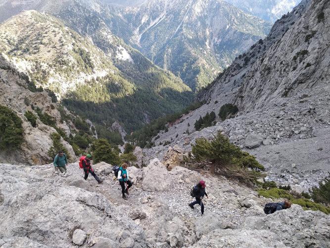 Ο Ορειβατικός στα Κολλητά Φαράγγια