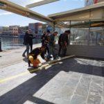 Ξεκίνησαν οι εργασίες οριοθέτησης των τραπεζοκαθισμάτων στο Ενετικό λιμάνι